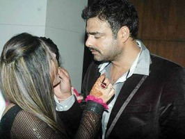 Abhimanyu singh with wife celebrating birthday