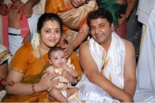 Actress meena family:  with husband vidyasagar and daughter nainika