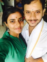 Aishwarya rajesh with her brother
