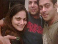 Alvira khan with brother salman khan