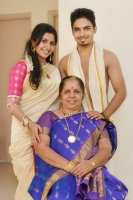 Anushree with mother shashikala & brother abhijeeth
