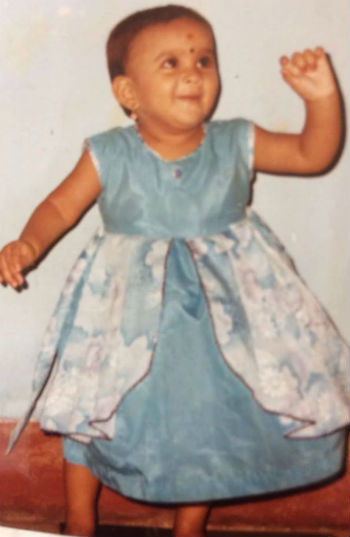 Chandini Tamilarasan childhood photo