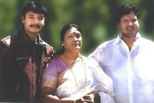 Darshan thoogudeep with mother meena and brother dinakar
