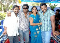 Jaggesh family: jaggesh with sons, yathiraj and gururaj and wife parimala