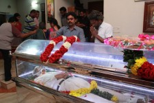 K balachandar funeral, celebrities pay homage to the legendary director