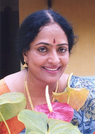 vijaya from the movie nilavil mazhai