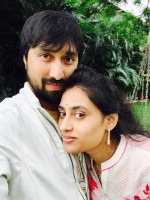 K s ravindra with wife anusha