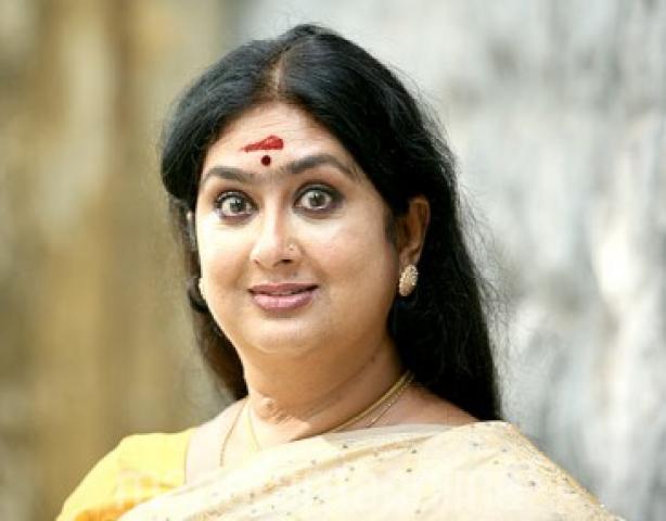 Kalaranjini In Hot Mallu Reshma Drappesjo...
