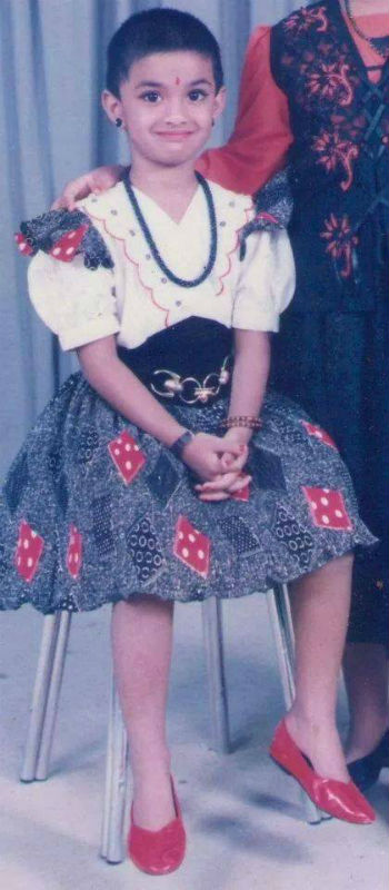Keerthy Suresh childhood photo