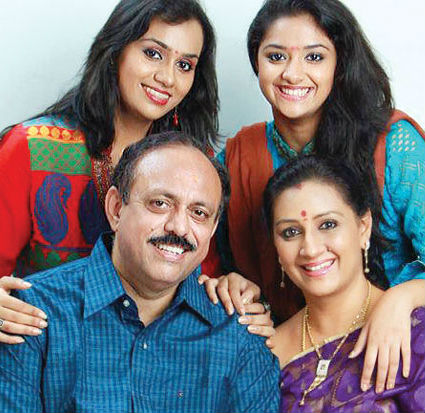 Keerthy Suresh family: Suresk Kumar(Father), Menaka SureshMother) & Revathi Suresh (Sister)