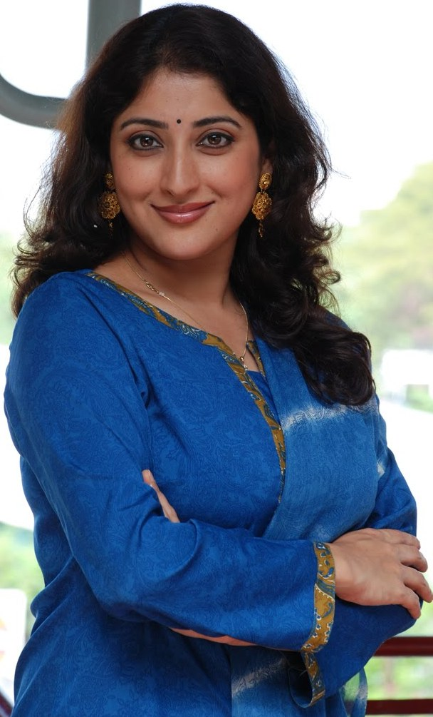 lakshmi gopalaswamy husband name
