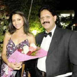 Mamta Mohandas with her father Ambalappat Mohandas