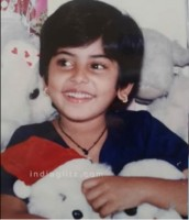 Manjima mohan childhood photo