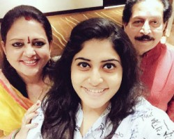 Manjima mohan with her parents: vipin mohan(father) & kalamandalam girija(mother)