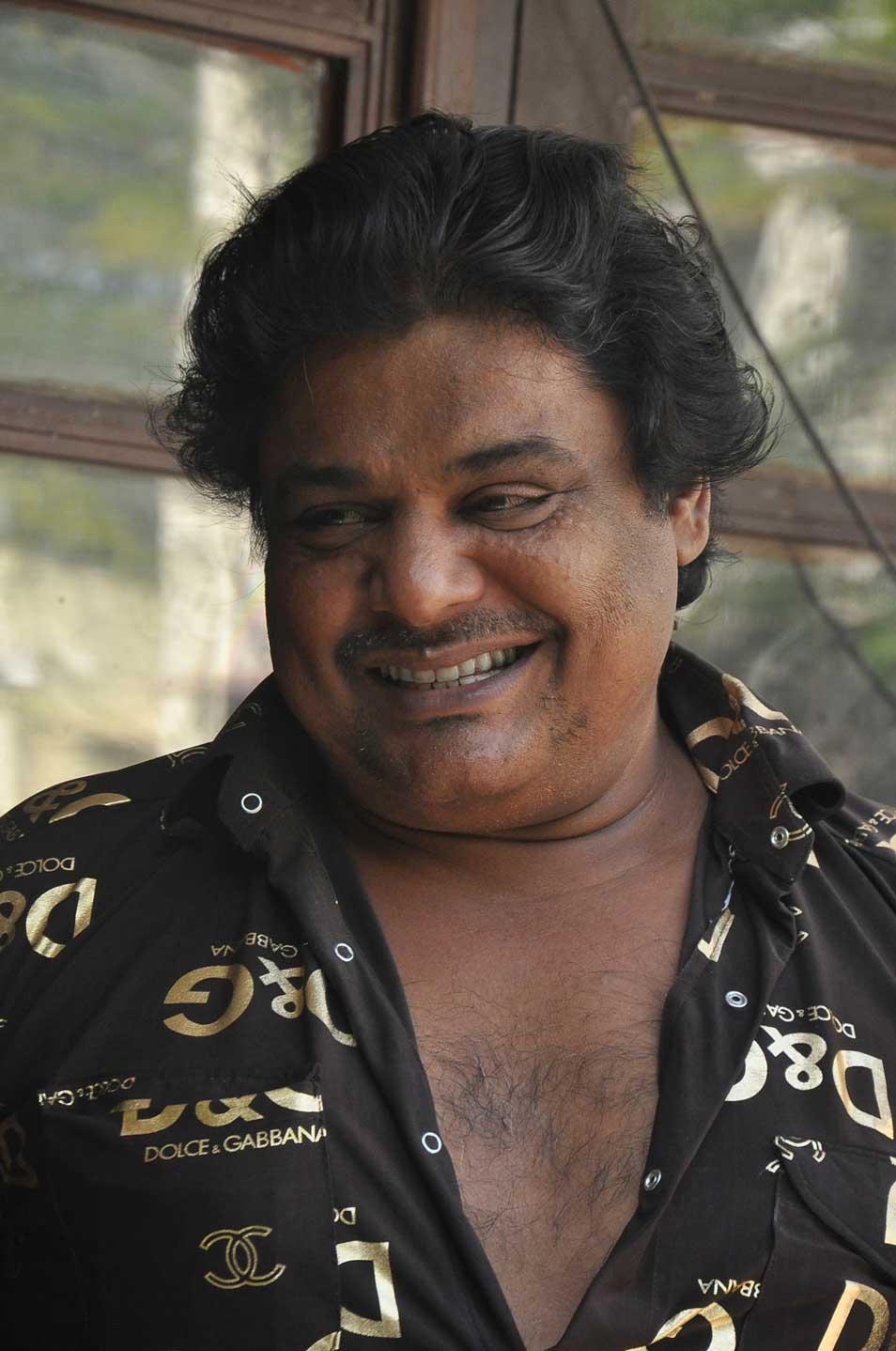 actor mansoor ali khan songs om shanti om film all song