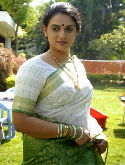 pavithra lokesh photos pictures wallpapers