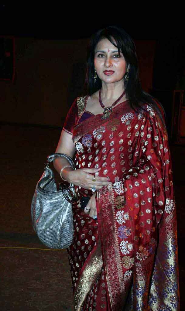 Recommend you Poonam dhillon india bugil can