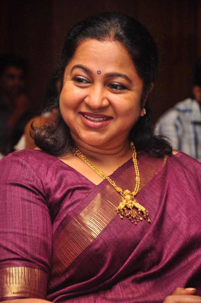 radhika sarathkumar twitter