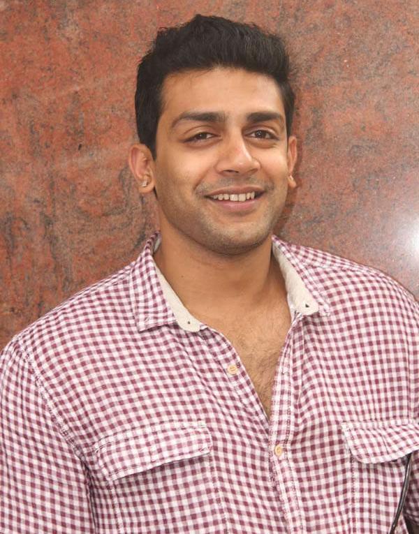 raghu mukherjee wife