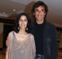Rahul dev with ex-wife rina dev