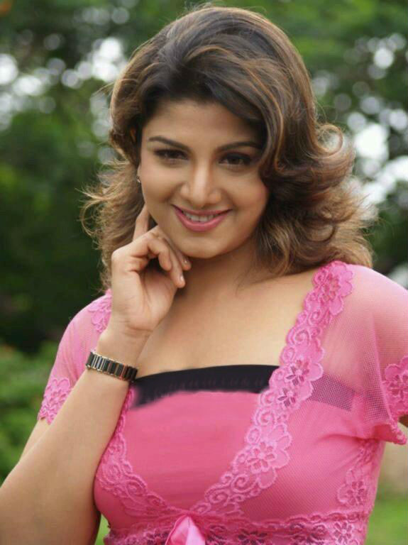 rambha-knockout-image-real-naked-police-women