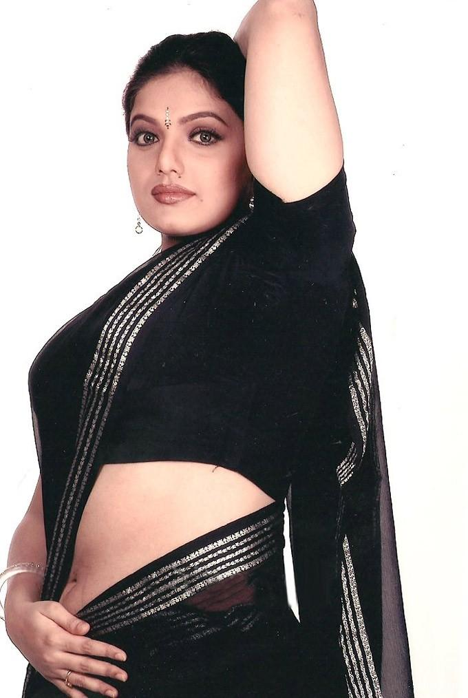 Indian Aunty Porn Videos m Aunty blouse back photo
