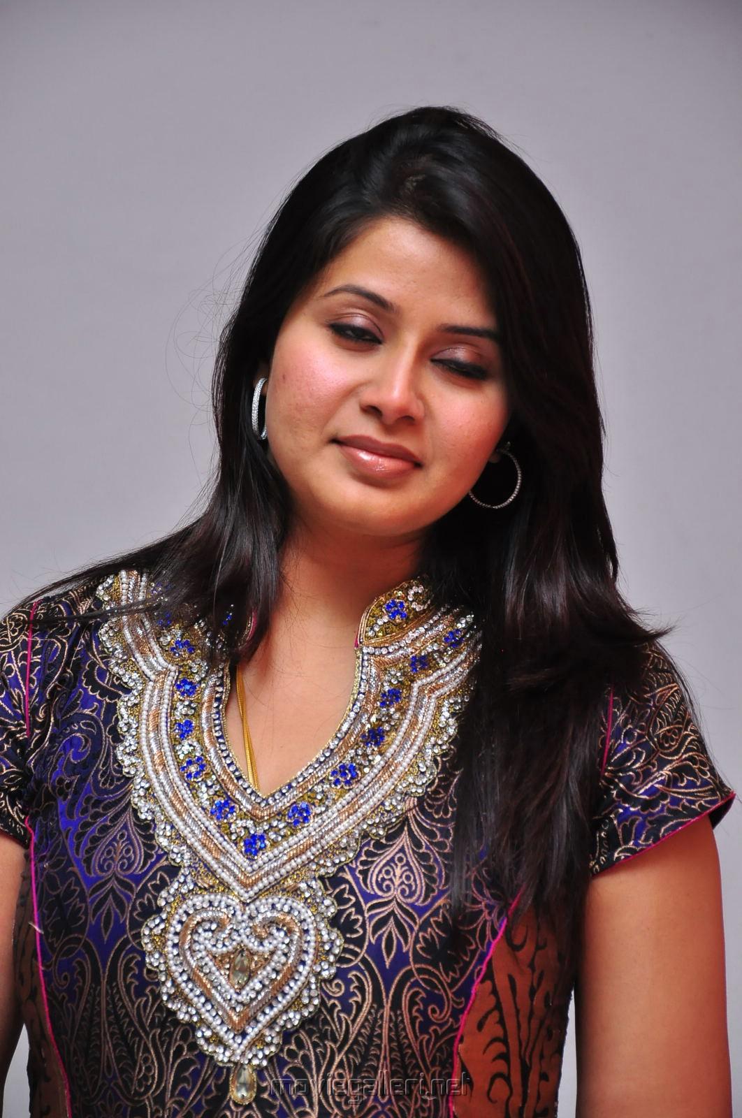 Tamil actress mulai photos