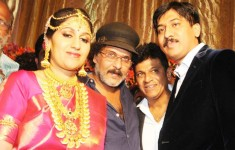 Shiva rajkumar's daughter nirupama's wedding: shivanna with crazy star ravichandran