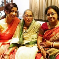 Shreya ghoshal with mother & grand mother
