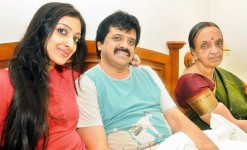 Singer sharanya srinivas with her father