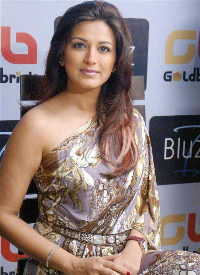 Sonali bendre with cock