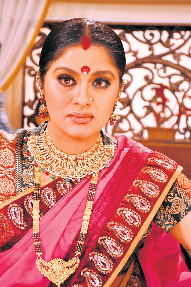 Sudha Chandran Photos Pictures Wallpapers