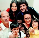 Upendra with parents, wife priyanka and children ayush and aishwarya