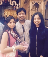Vijay prakash family: with wife Mahathi, daughter Kavya