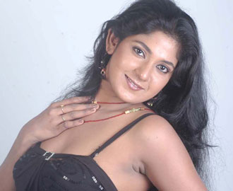 yagna shetty actress biography