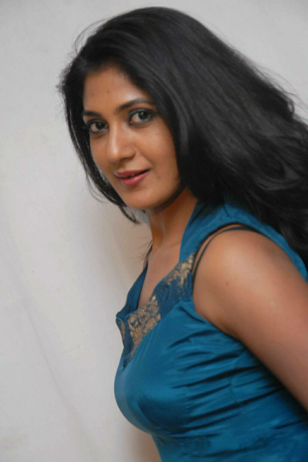 images Yagna Shetty